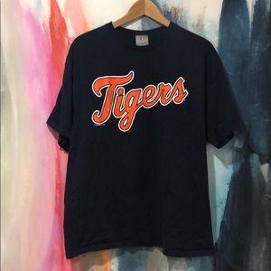 MLB Detroit Tigers T-shirt.
